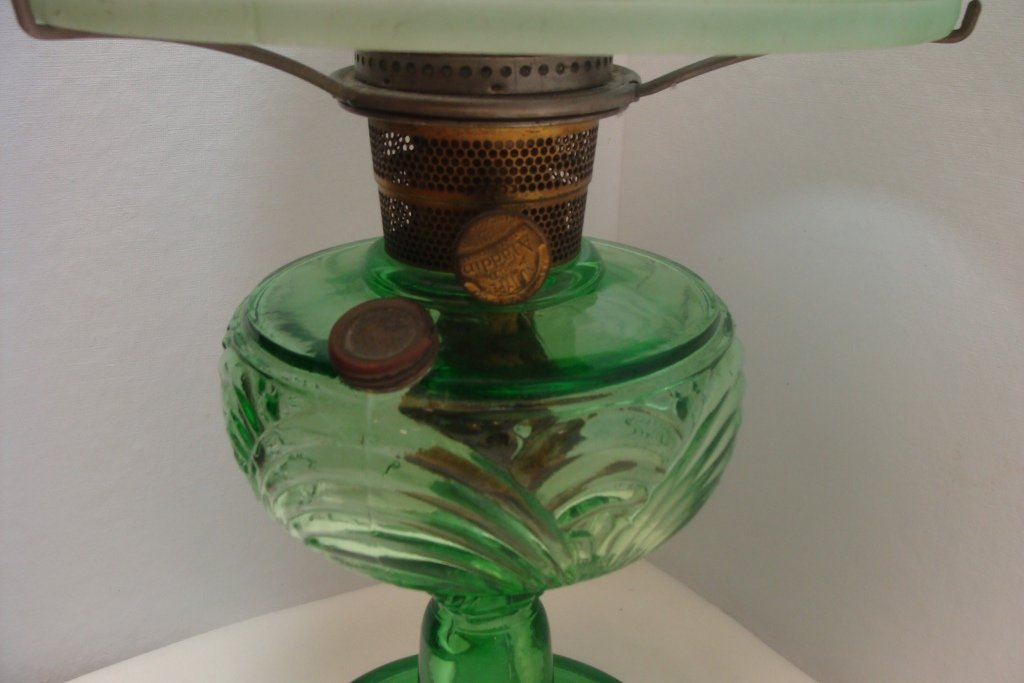 Aladdin Washington Drape Green Crystal Lamp - 2