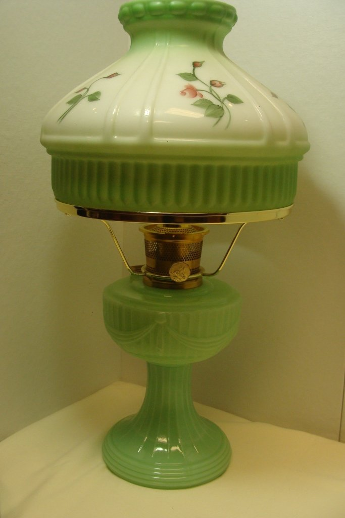 Aladdin Repro Short Lincoln Drape Table Lamp