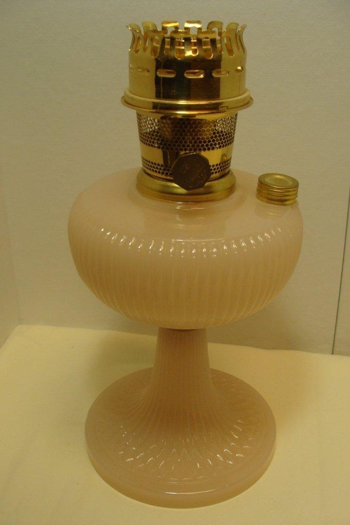 Aladdin #23 Queen Rose Mnstone Table Lamp