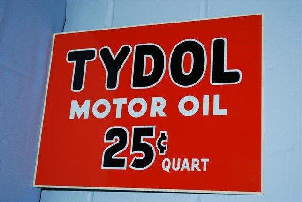17: Tydol Motor 25 cent quart & Veedol 100% Pennsylvani