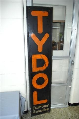22: Tydol Economy Gasoline SST vertical wood framed sig