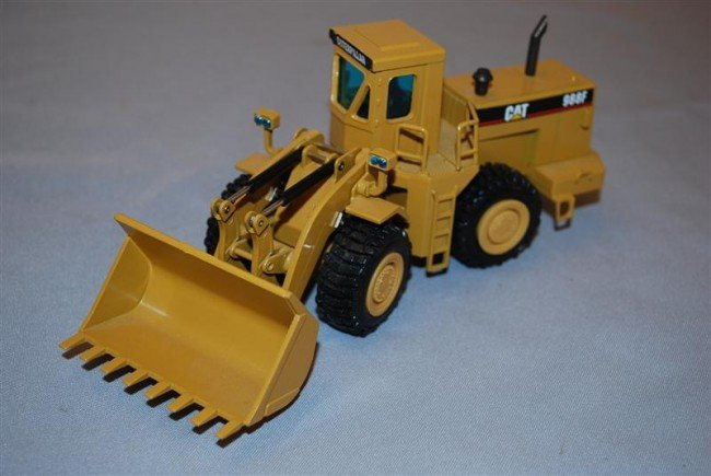 3: NZG Caterpillar 988F Wheel Loader with cab, diecast,