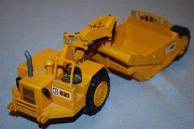 9: NZG Caterpillar 621 Scraper, no cab diecast, 1/50 sc