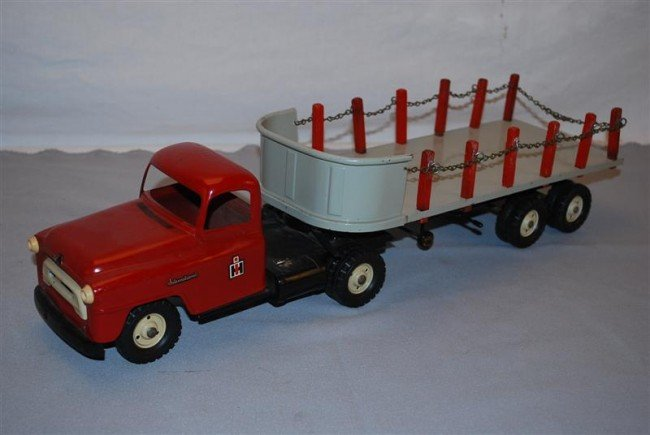 22: Tru-Scale International Truck Steel Carrier & Stake