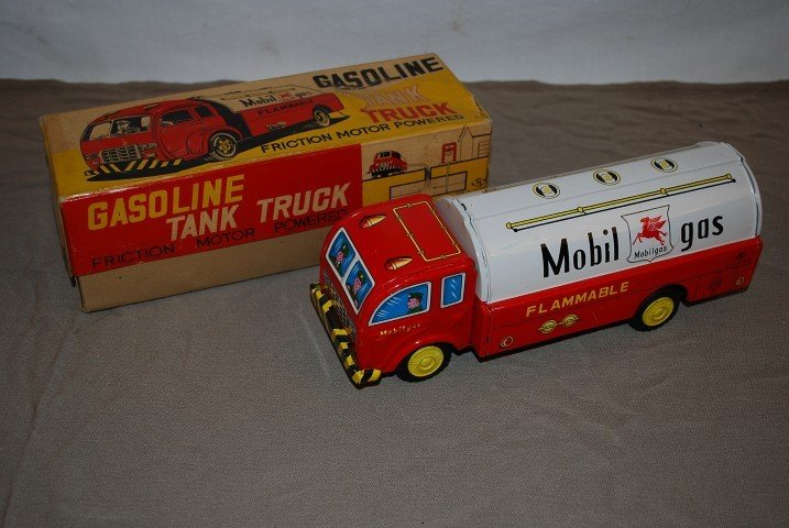 17: Mobilgas tin friction delivery truck, NIB, rated 9.