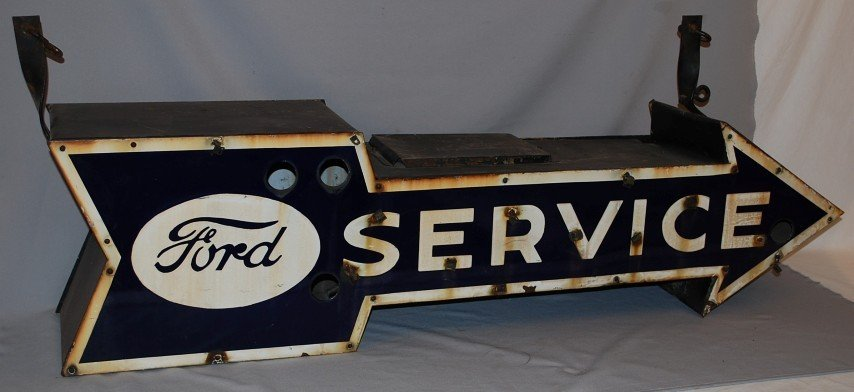 61: Hard to find small Ford Service arrow, 2-SSP diecut