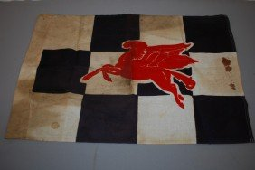 (Mobil) Pegasus Checkered Flag, Rated 7,  17x26 Inc