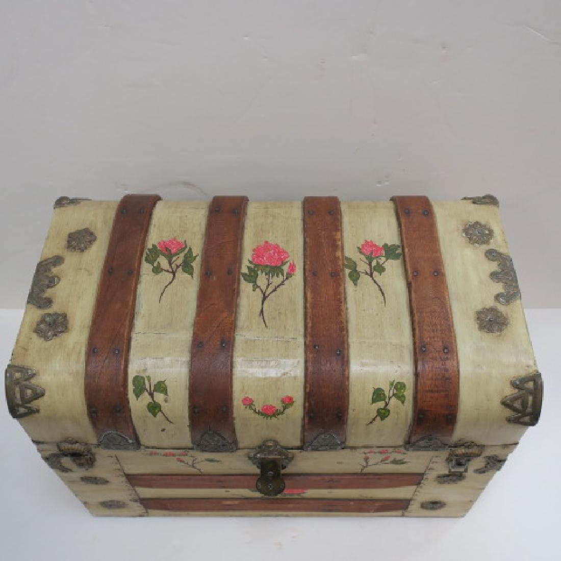 Hand painted Dome Top Steamer Trunk: - 4