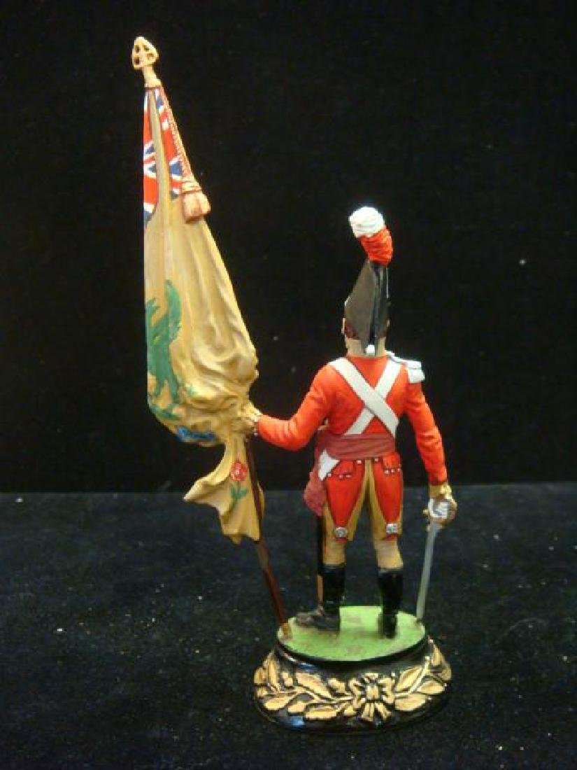 STADDEN Military Figurine 90mm REGIMENTAL COLORBEARER: - 3