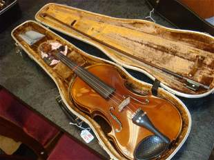 JOSEPH LORENZ Full Size Student Violin, Bow and Case: