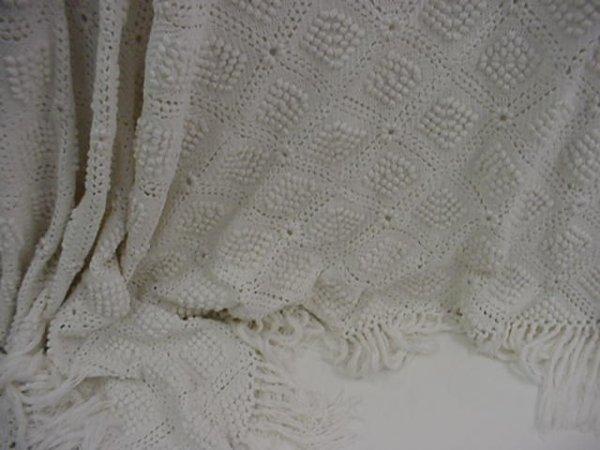 10: Hand Crocheted Vintage Popcorn Stitch Coverlet: