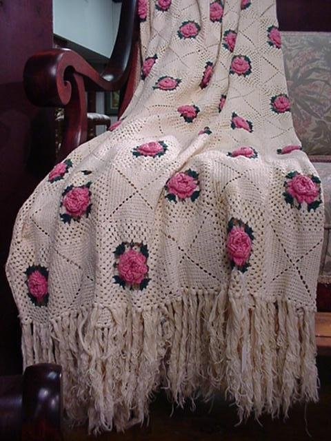 411: Hand Crocheted Pink Rose Fringed Coverlet: