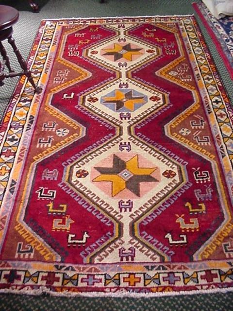 424: Hand Loomed All Wool Iranian Rug: 44125