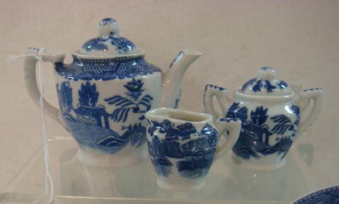 Japan Blue Willow Child's 22 piece Tea set: