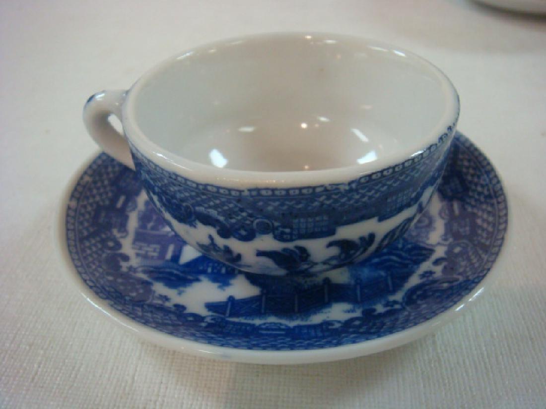 Japan Blue Willow Child's 22 piece Tea set: - 4