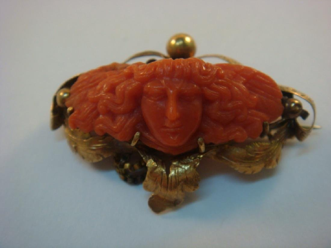 14 KT Gold Victorian Brooch with Coral Designs: