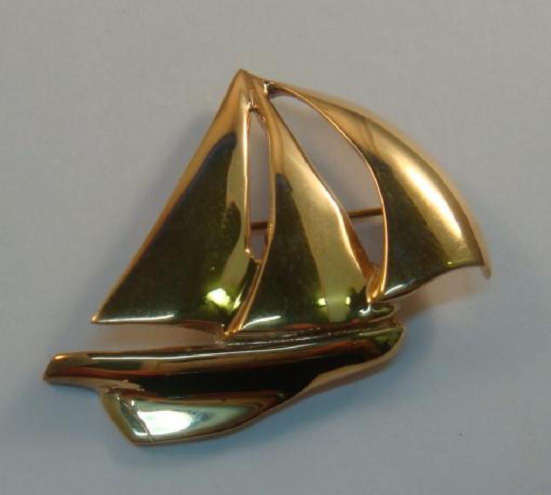 14 KT Gold DOWNWIND Sailboat Brooch: