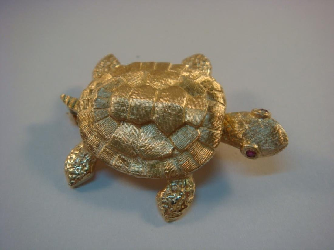 14 KT Sea Turtle Brooch with Ruby Eyes: