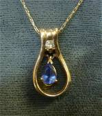 14 KT Gold Diamond and Sapphire Pendent on Chain: