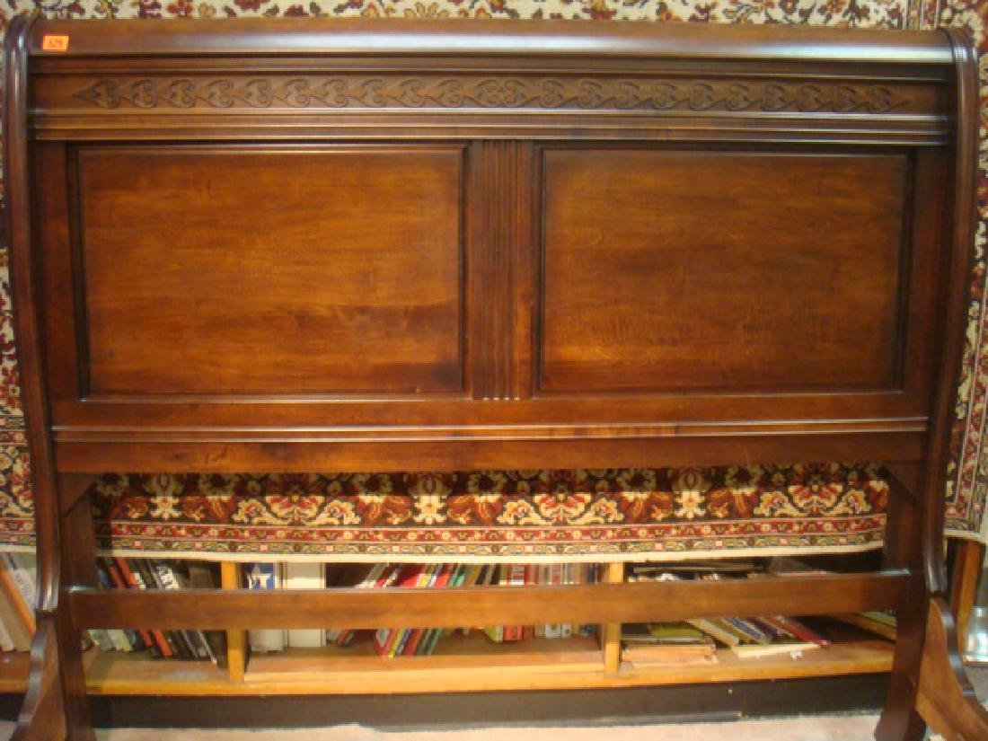 Queen Size Mahogany Sleigh Type Bed: - 4