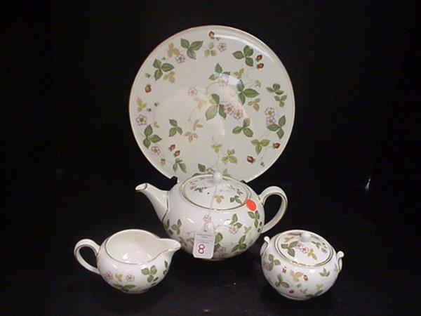 8: Wedgwood Wild Strawberry Tea Set & Cake Plate: