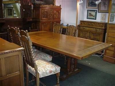 208A: Batesvillle Carved Oak 12 Piece Dining Room Set: