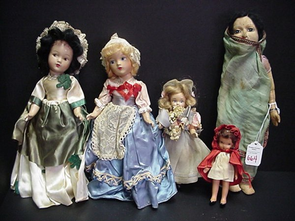 664: 5 Vintage Foreign and American Dolls:
