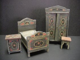 666: Vintage Wooden Doll and Doll House Furniture: