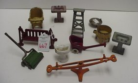 667: Cast Iron Toy and Doll Furniture: