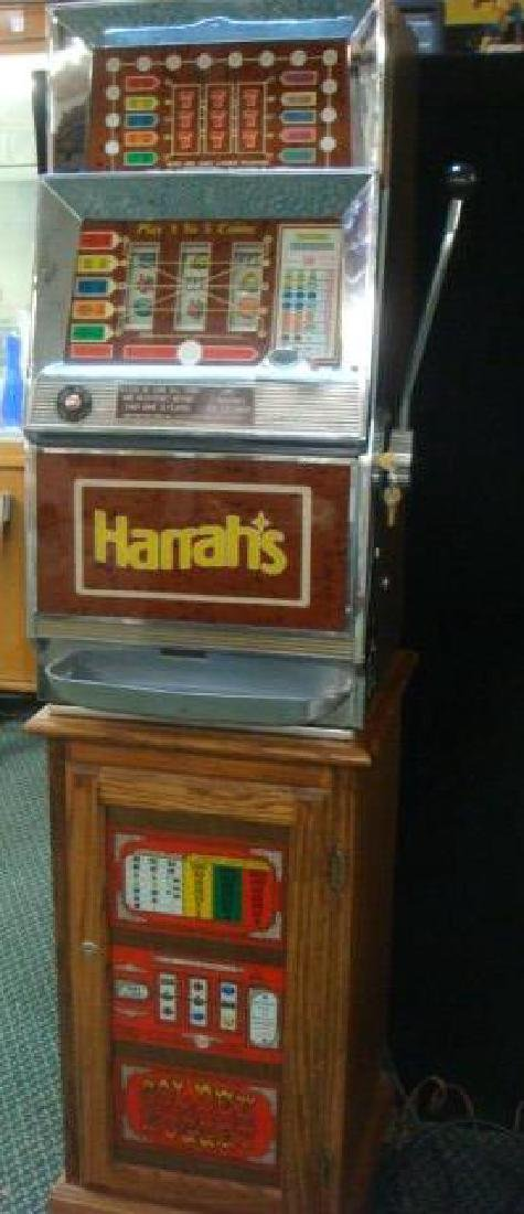 1950's Bally Mfg. for HARRAHS Quarter Slot Machine: