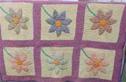 Handstitched Quilt with Applique Sunflower Pattern: