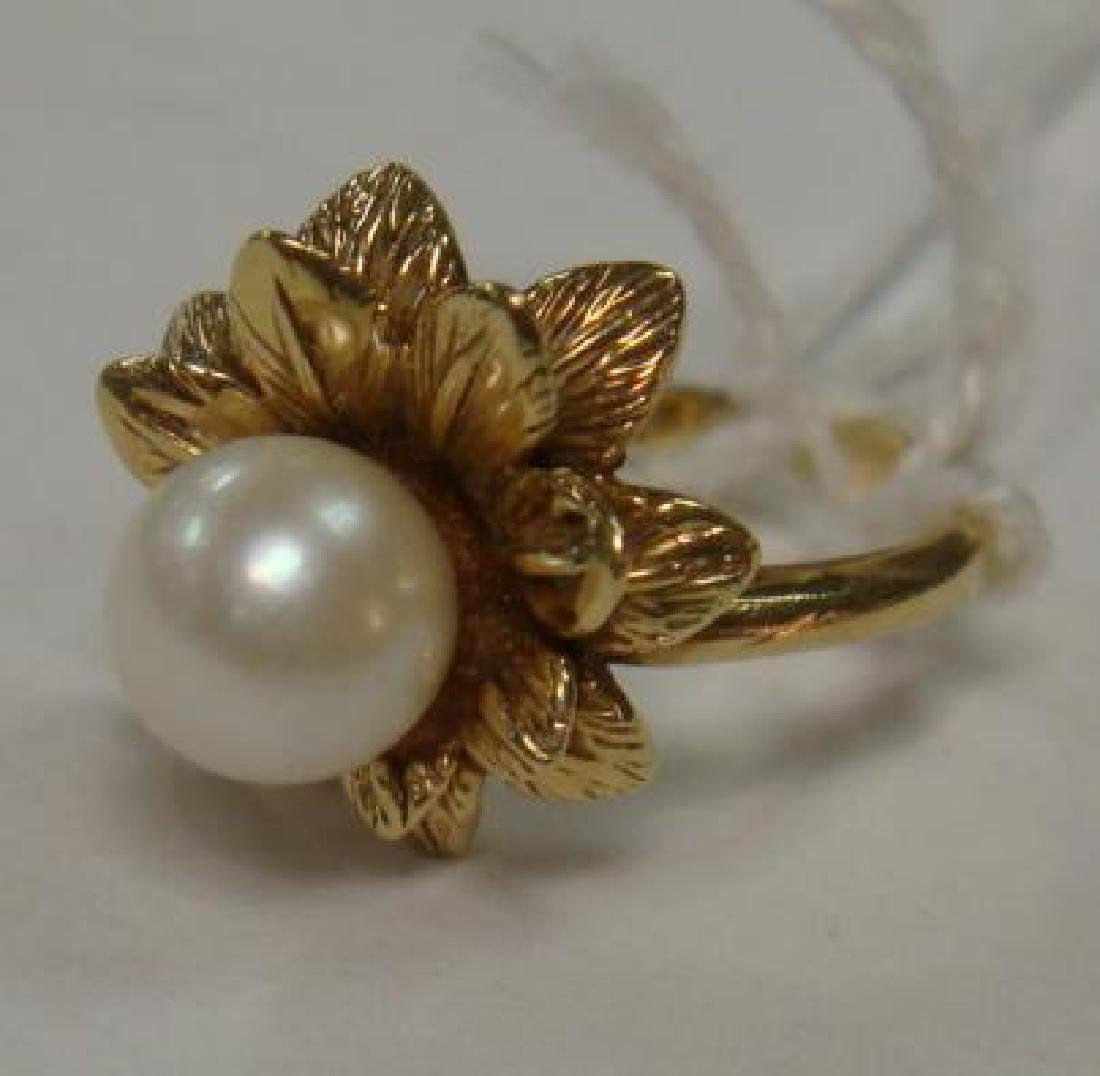 14KT Yellow Gold Pearl Ring: - 2