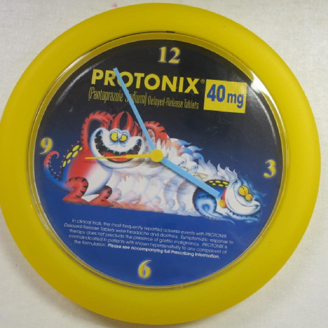 PROTONIX and VYTORIN Battery Operated Wall Clocks: - 3