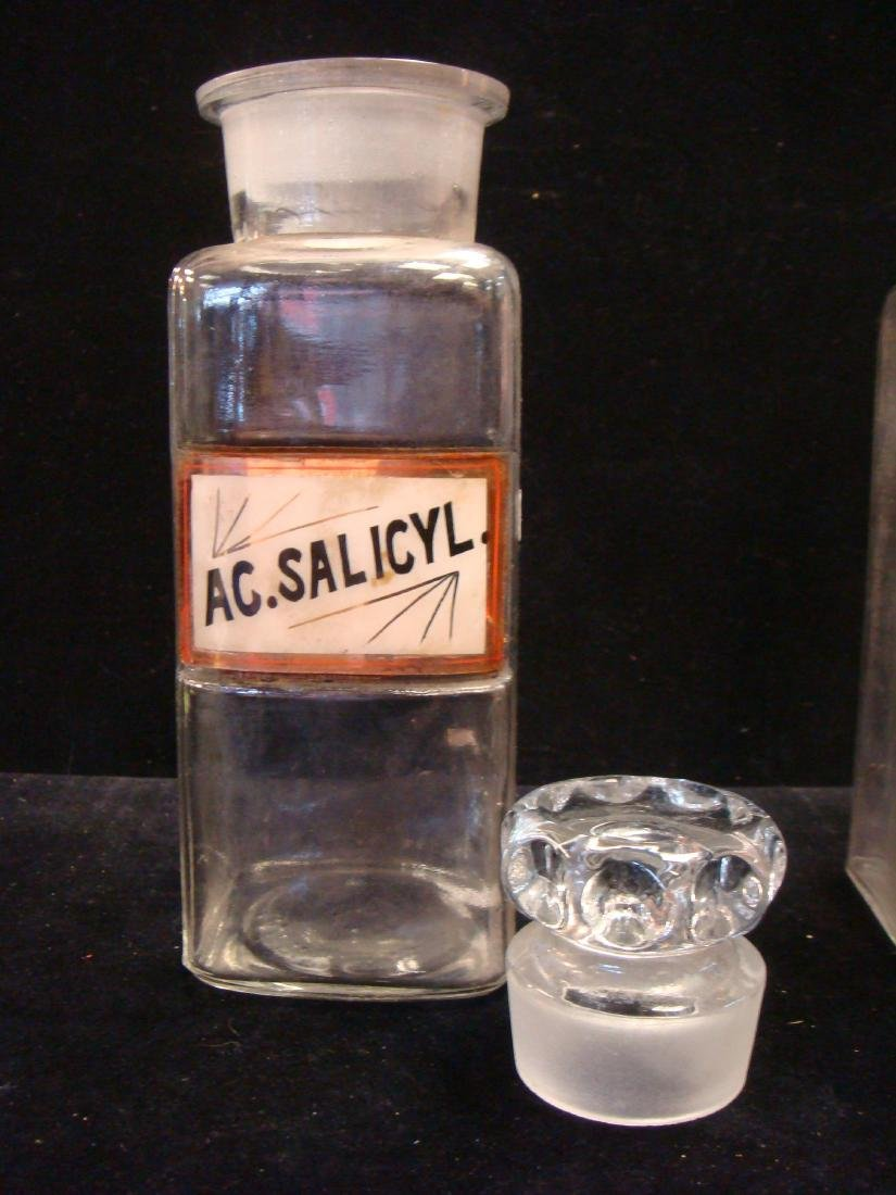 Two Antique Apothecary Bottles with Stoppers, CA 1900: - 2