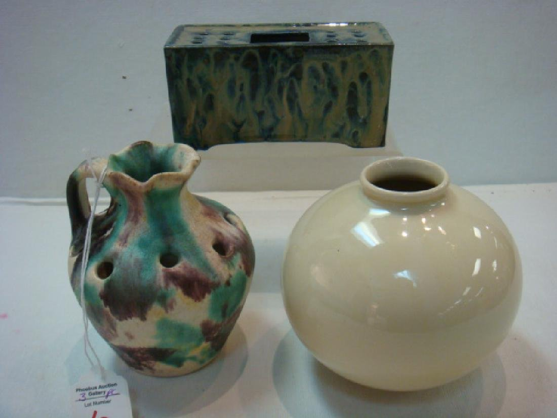PALIN THORLEY & Other Williamsburg Repro Vases: