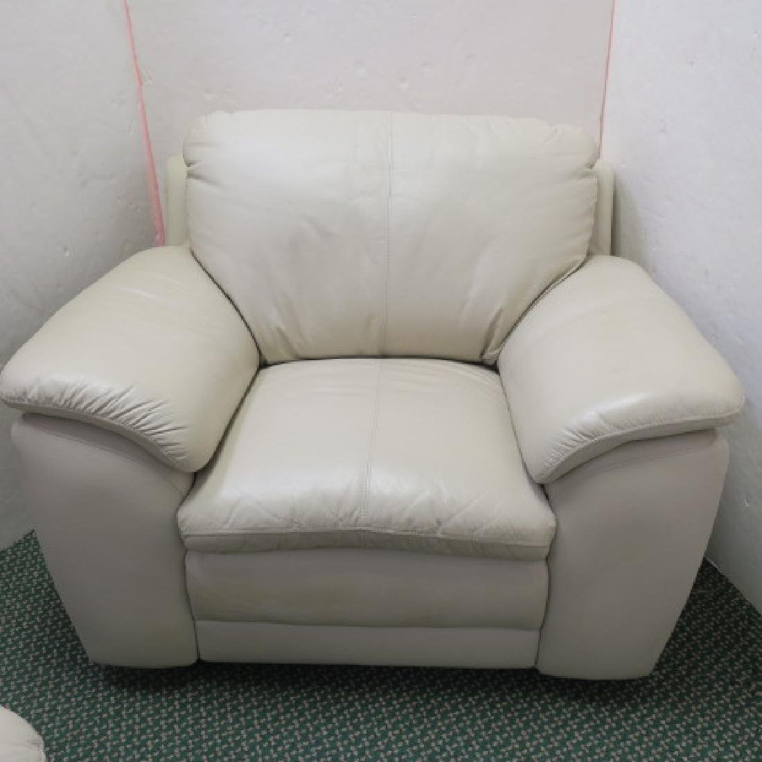 Cream Overstuffed Single Cushion Leather Chair: