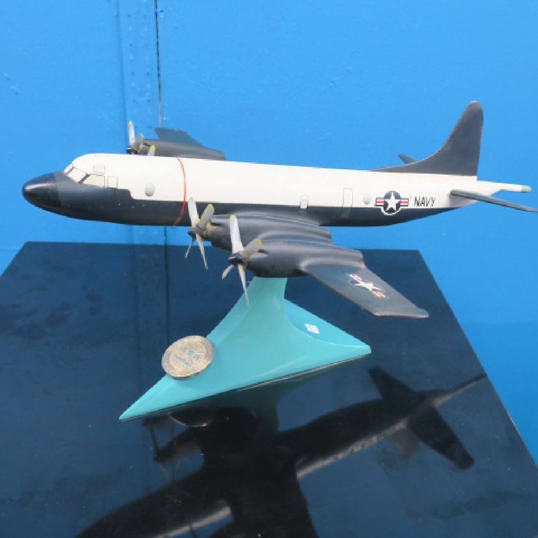 Manufacturers Model of US NAVY P-3 Orion: - 3
