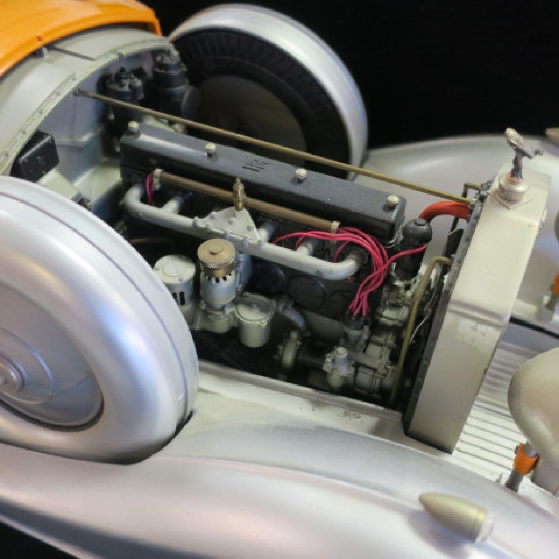 Highly Detailed Model ROLLS-ROYCE CONVERTIBLE; 1/12: - 2