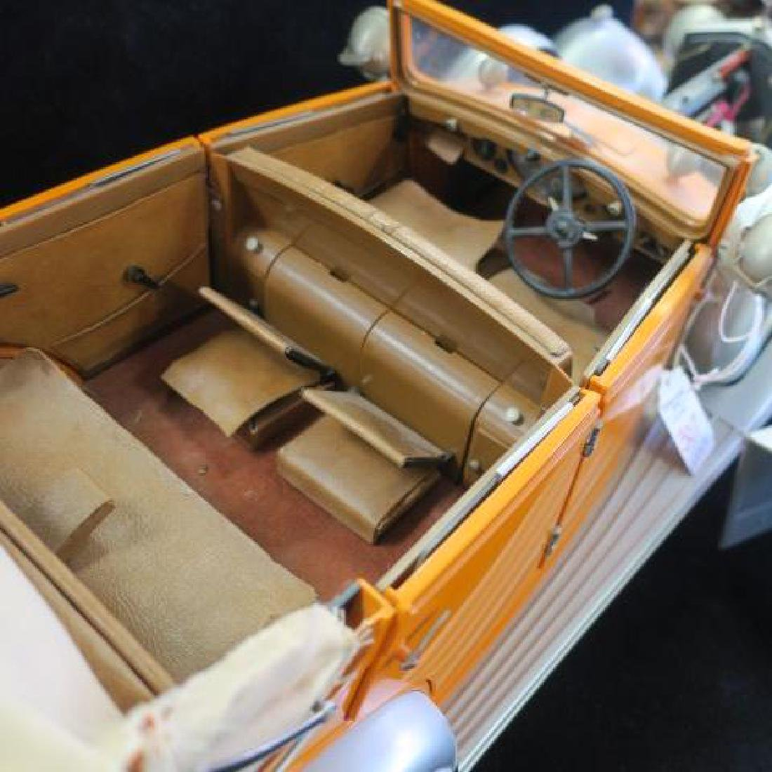 Highly Detailed Model ROLLS-ROYCE CONVERTIBLE; 1/12: - 4
