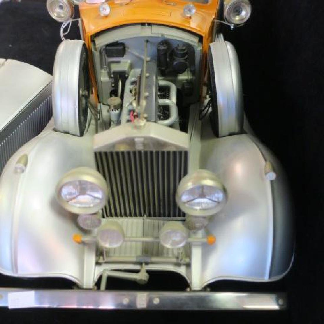 Highly Detailed Model ROLLS-ROYCE CONVERTIBLE; 1/12: - 6