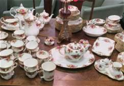 "Large Set ROYAL ALBERT ""Old Country Roses"" Tableware:"