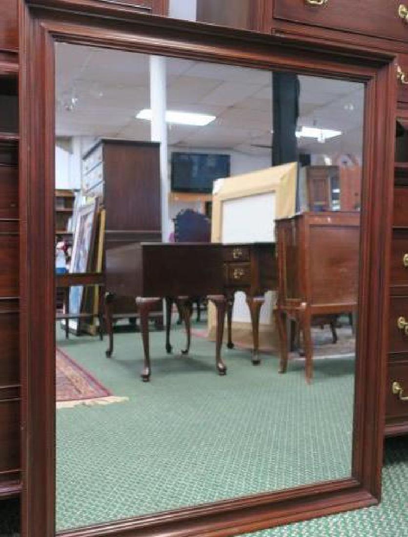 HENKEL HARRIS Four Pieces Mahogany Bedroom Furniture: - 4