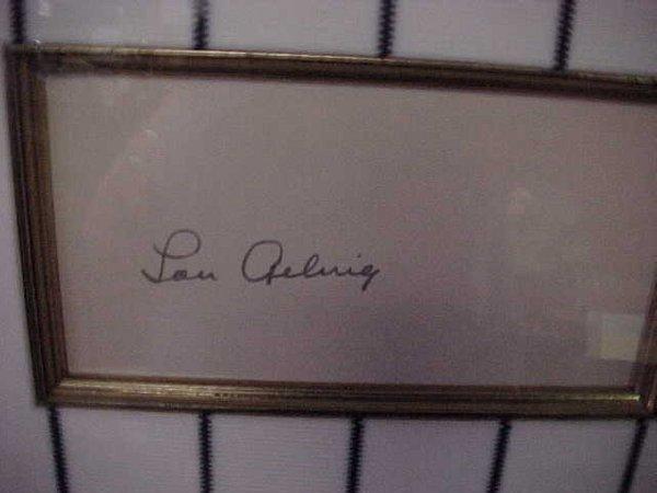 142: Lou Gehrig Autograph: Cut Autograph of t
