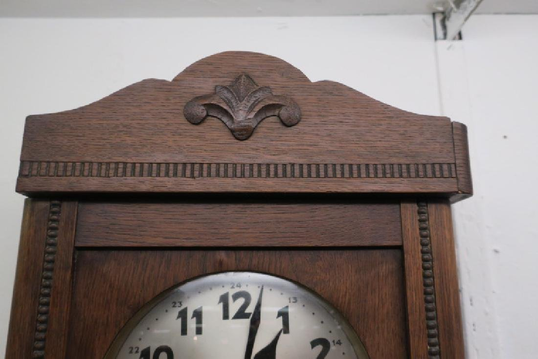 Oak Wall Clock with Key and Pendulum: - 4