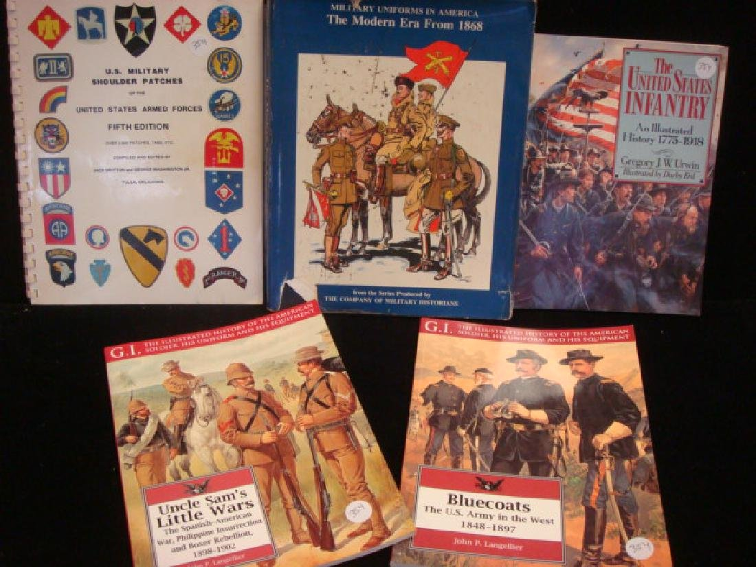 FIVE MILITARY COLLECTORS BOOKS, US ARMY UNIFORMS: