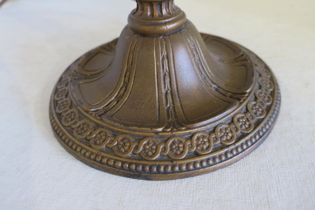 Vintage 6 Panel Slag Glass Table Lamp: - 4