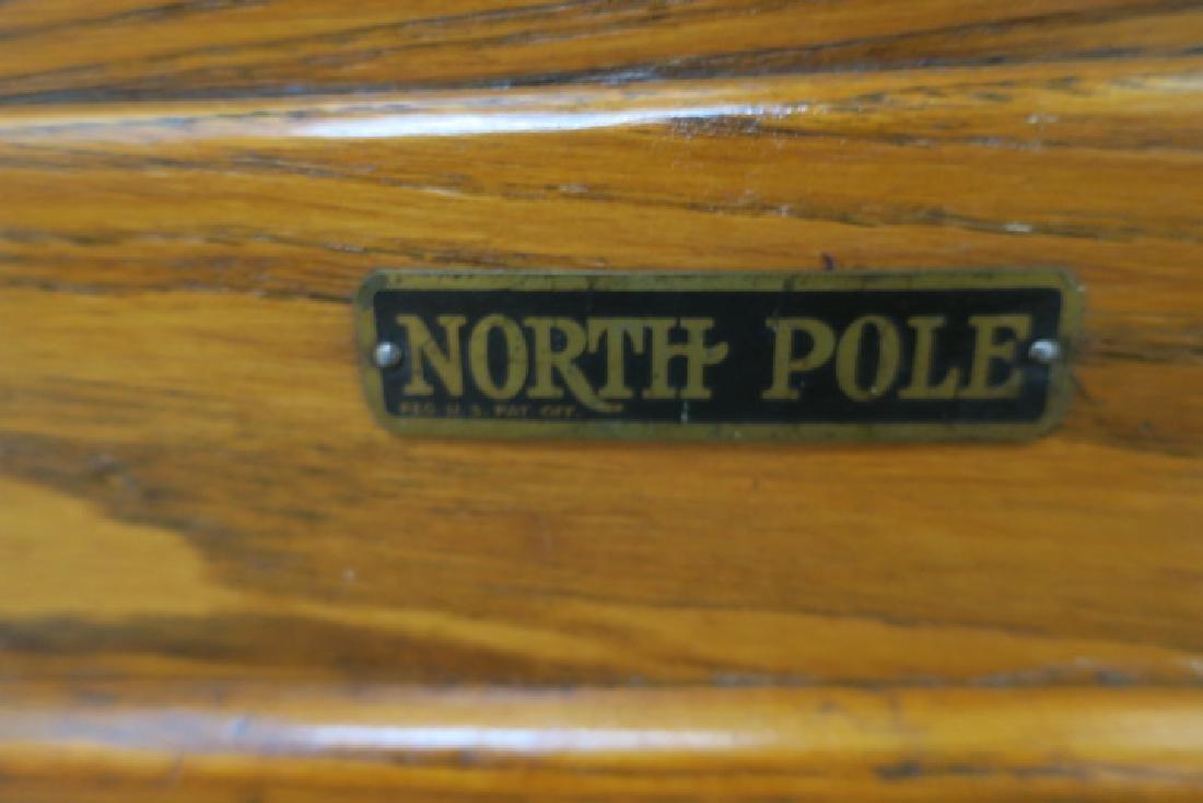 NORTH POLE Oak Turn of the Century Ice Box: - 5