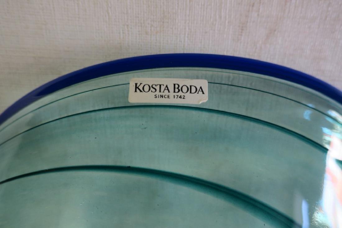 KOSTA BODA Art Glass Swirled Centerpiece Bowl: - 3