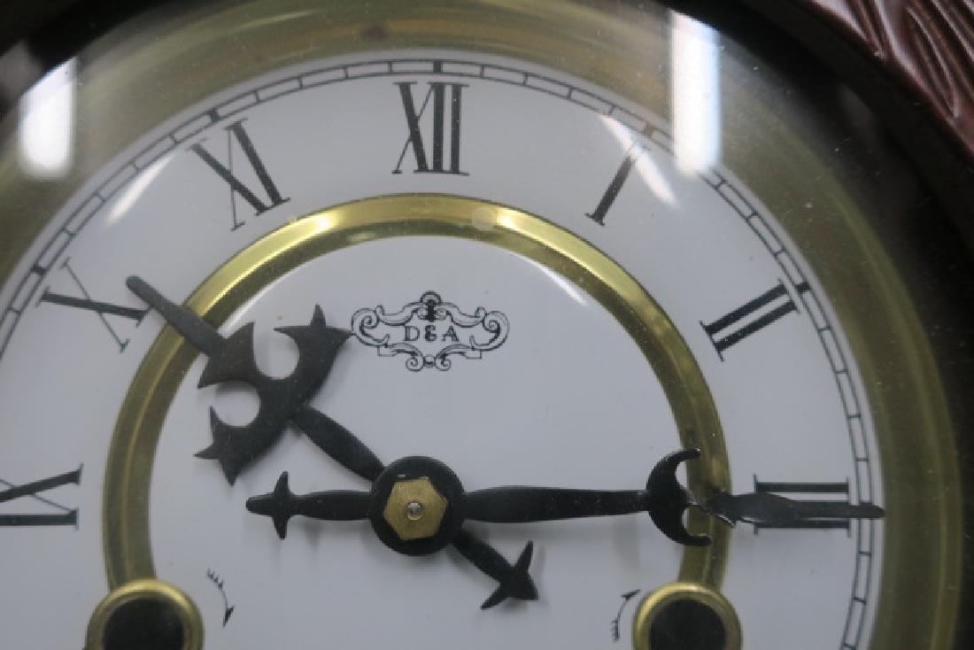 D & A Wall Clock with Key & Pendulum: - 4