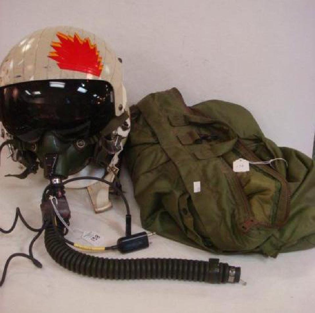 US NAVY Jet Pilot Helmet VA 128 and Helmet Bag: - 4